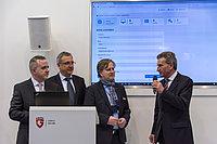 CeBIT 2016: EU-Kommissar Günther Oettinger gibt Startschuss für Sicherheitslösung in der deutschen Cloud